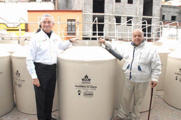 Audiencia Pública, Entrega De Tinacos En El Centro Histórico De Zacatecas.